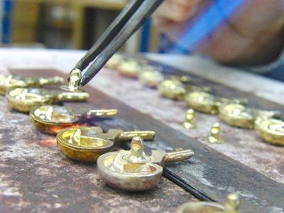 ロストワックス製お客さまオリジナル・特注のスケルトンカシメ金具のオーダーメイド製作 メタルハウス オリジナル特注オーダーメイド金具製造販売