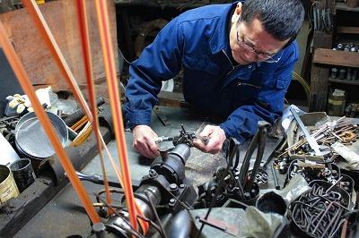 オーダーメイド・オリジナル・特注金具の製作を支える、メタルハウスの職人、道具たち