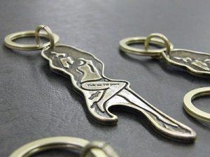 ブランドオリジナルデザイン、オーダーメイド特注キーホルダーの製作 メタルハウス特注オーダーメイドオリジナル金具