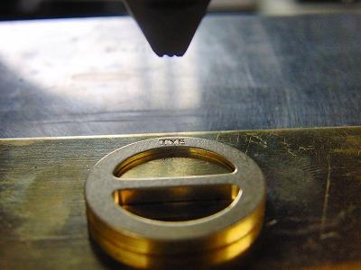 オリジナル・特注の真ちゅう製オーダーメイドバックルの製作 メタルハウス金具製造販売