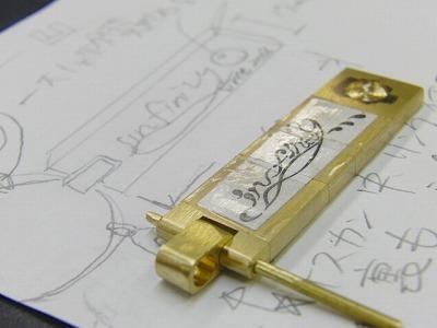 オリジナルブランドデザイン、オーダーメイドのウォレットチェーン、特注キーホルダー金具 メタルハウス 金具金属パーツ アクセサリー アパレルブランド