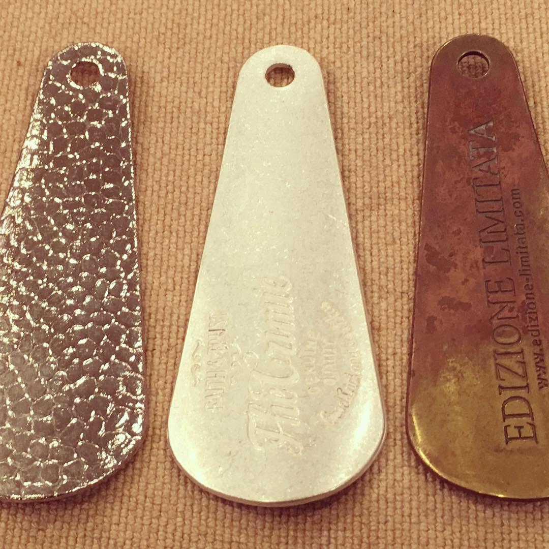 ブランドオリジナル、真鍮製靴べらキーホルダー