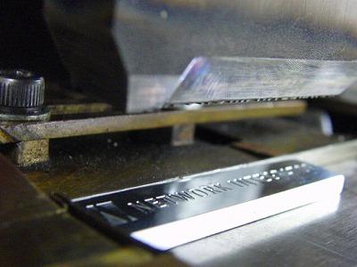富士通さま用、オーダーメイドのアルミニウム製社員証入れネックストラップ金具