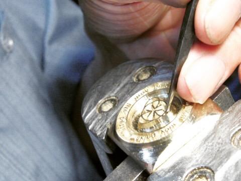 オリジナル金具、特注アクセサリー用の金型をオーダーメイドで設計製作。