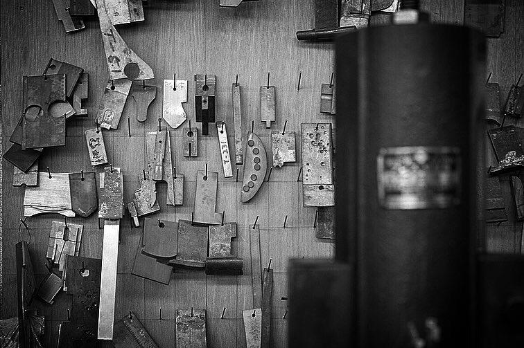 歴史を刻んだ機械や道具。誰にも真似できないモノ作りがここにあります