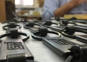 自動車、機械メーカー、テレビ番組用、特注・オリジナルキーホルダーのオーダー