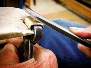 広島県を拠点に全国的に活動されています、婦人用ジーンズメーカーさまから、特許を申請中している金具の製作依頼を受けました。