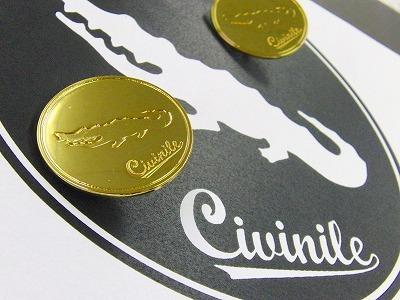 ワニをモチーフに、爬虫類のブランドを展開なされているお客様向けに作成した、オリジナルのボタン金具 エポキシ樹脂にて金メッキベースの金具に色展開を加えていきました。