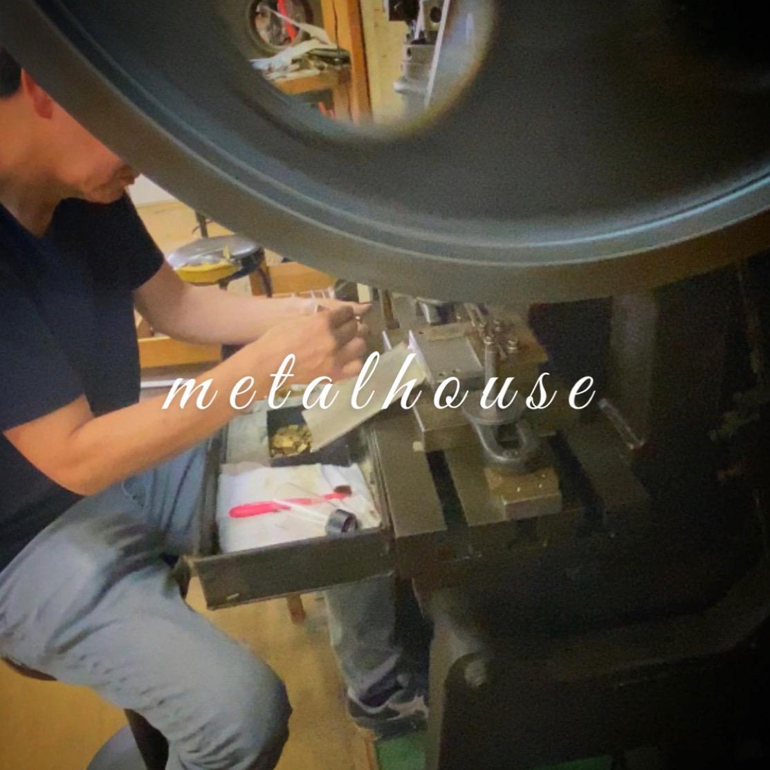 """下町の工場には様々なモノ作りを共に支える多くの""""名人=職人達がいます。  🔨 We, metalhouse have lots of experiences, machines and craftsman who can manage all this punching technics to make designs on metal plates."""