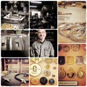 メタルハウスでは、お客様のご希望のデザインや、数量、納期、さまざまなご要望に応じて、オリジナル金具を製作する最良の製造方法や、素材を選んでいきます。その中でも主に、真ちゅう素材を中心に、鉄、アルミニウムの板材から、プレス機と金型を使用して、金属を打ち抜き、お客様のデザインやイメージを形にしていきます。