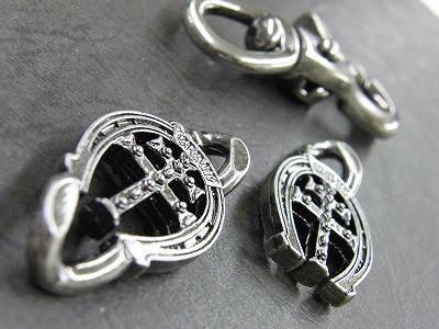 metal house / newmo - Original Metal Fittings  オリジナルウォレットチェーン、キーホルダー金具のオーダーメイド生産 ノベルティー、販促品、記念品、ブランドオリジナル、靴べらキーホルダー、革小物、金属小物のオーダーメイド メタルハウス